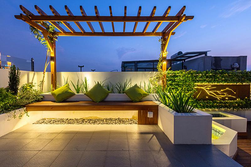 现代简约--屋顶实景